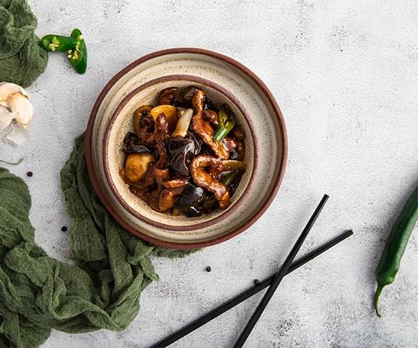 Rata picanta in sos chinezesc + Produs Gratuit