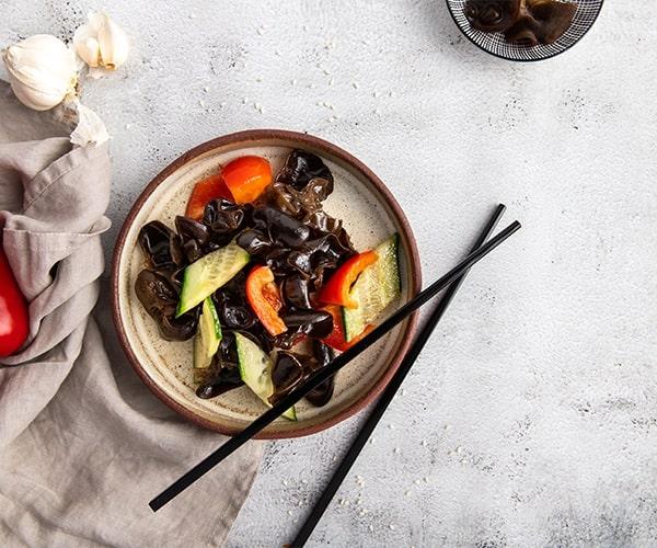 Salata cu urechi de lemn (rece)